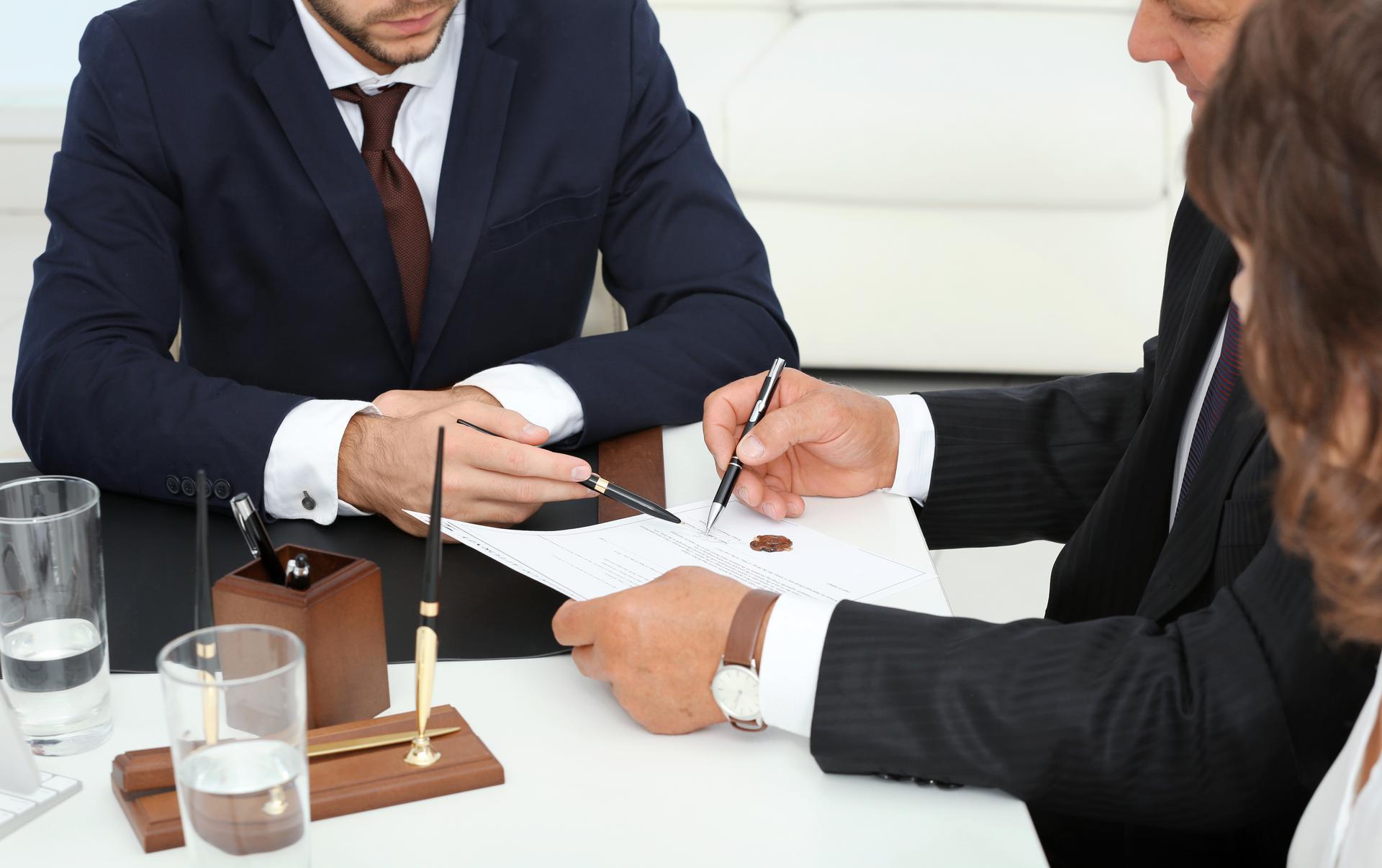 Business Legal Advisor